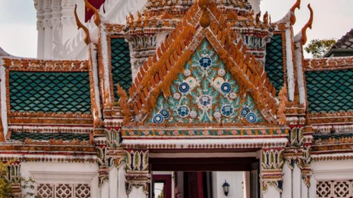 The Grand Palace, Bangkok (Image uploaded to Reddit by u/Moheff).
