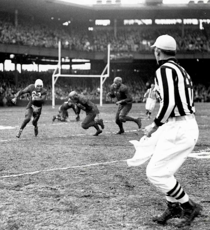 1948: Bears at Cardinals, Week 13