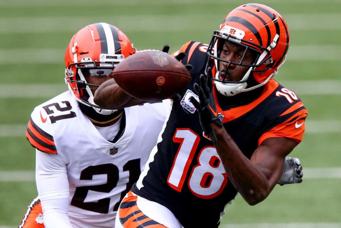 Raiders sign A.J. Green