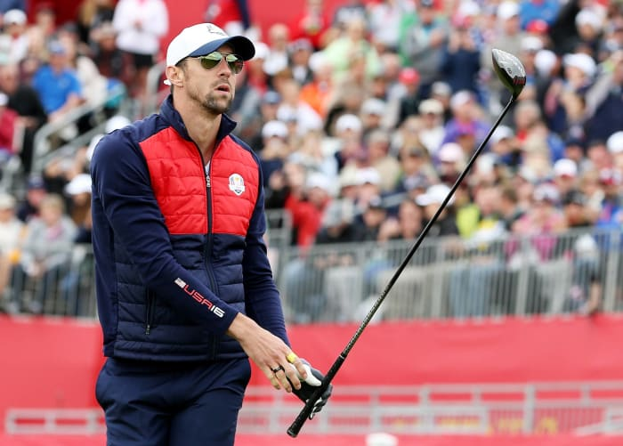 Michael Phelps casually hits a 159-footer