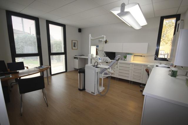 eugenol meuble ikea. Black Bedroom Furniture Sets. Home Design Ideas
