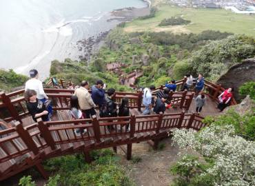 Study Abroad Reviews for Veritas Christian Study Abroad: Seoul - Study Abroad and Missions Program