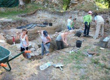 Study Abroad Reviews for Eastern Illinois University (EIU): Louvain-la-Neuve - Summer Archeology