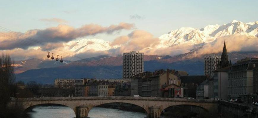 CEA Study Abroad in the French Alps: Grenoble | Go Overseas