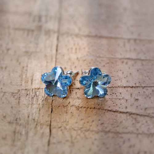 Blue Flower Earrings made with Elements from Swarovski