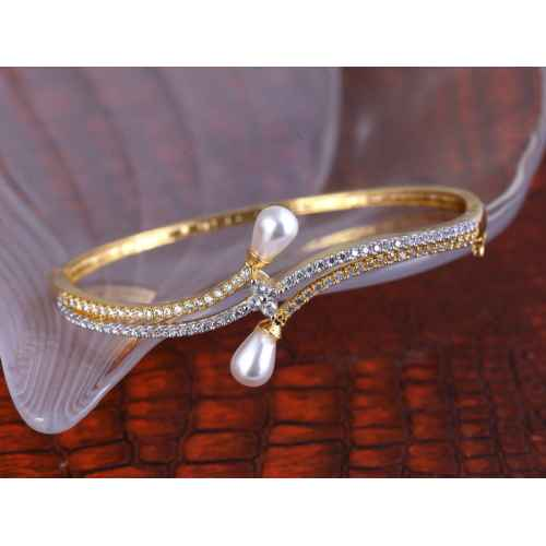 Gold Plated Pearl and American Diamond Bracelet