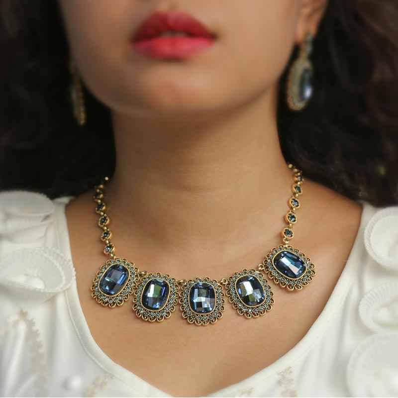 Royal Blue Crystal made with Elemets from Swarovski  - Necklace and Earring Set