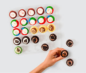 Shop Pick Your Own Flavors Cupcakes and Macarons
