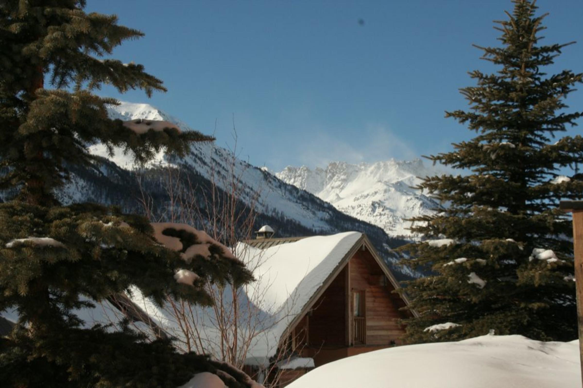 Chalet Les Elfes Hameau des Chazals Nevache Hautes Alpes  Chazals