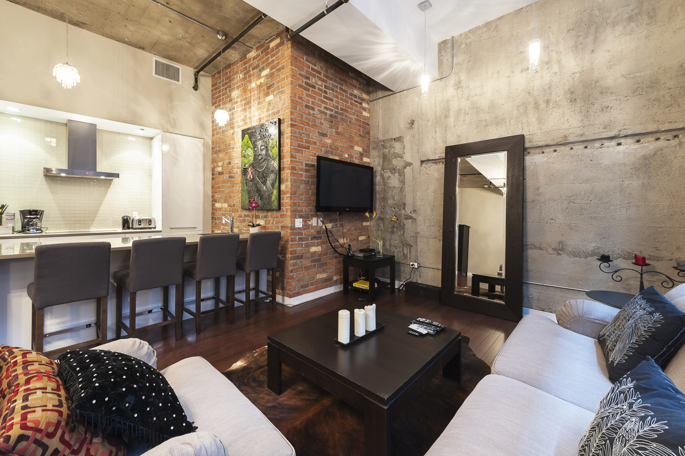 Loft studio rental in Montreal in Downtown Montreal — Simplissimmo