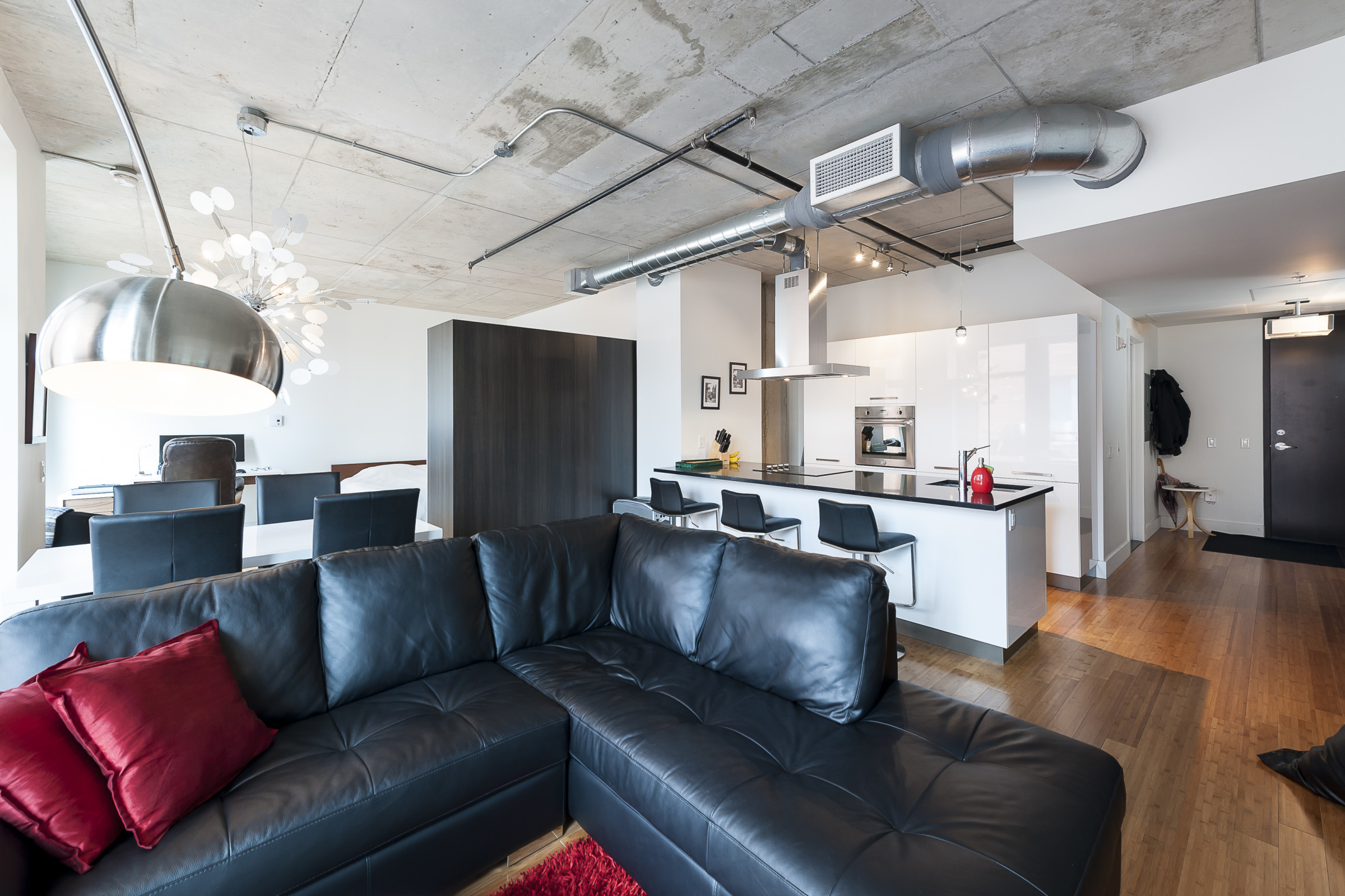 Loft For Rent At Wilson Lofts In Downtown Montreal Simplissimmo # Meuble Tv Wilson