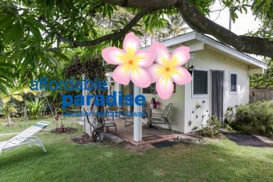 Tropical Garden Cottage