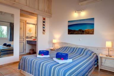 Villa Anatoli - villa de luxe face à la mer avec piscine privée