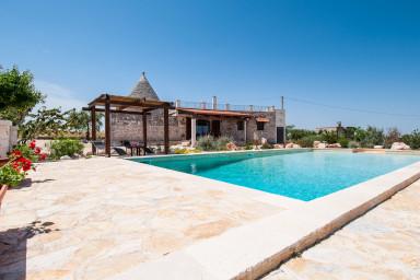 Trullo Sotto le Stelle: Trulli houses for rent in Puglia