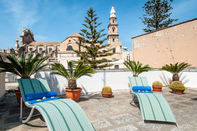 Terrazza Santa Maria: Characterful Apartment with Terrace
