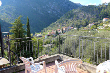 Charmig lägenhet i typisk italiensk stil med två underbara terasser