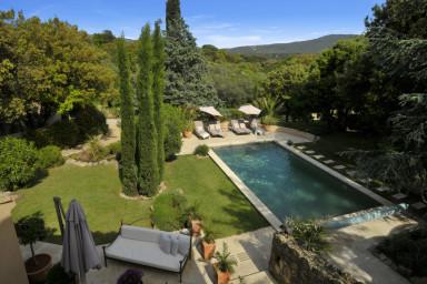 Vacker villa med pool i Plan de la Tour