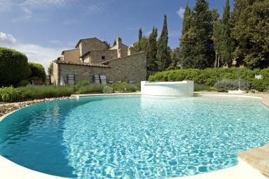 Vacker villa i Toscana med gemensam pool