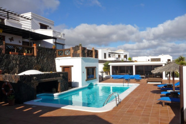 Villa Cristian con piscina privada en La Asomada