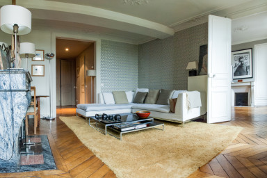 LUXURY 2 BDR APARTMENT  WITH AN INCREDIBLE VIEW OF THE PONT NEUF (SLEEPS 4)