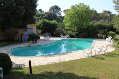 Les Messugues, Mas in Provence with pool, nature, calm, lots of space