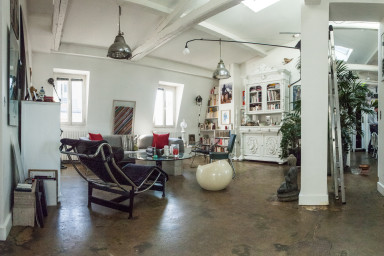 ECLECTIC ARTISTS 2 BDR LOFT WITH A VIEW NEAR THE PONT NEUF (sleeps 4)