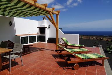 Villa Casa Mare in Guatiza with jacuzzi and beautiful sea view