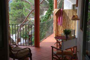 Tamariu 3 - Sea Views  under pine trees, free wifi + terrasse