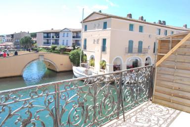 Duplex rénové avec belle terrasse et vue dégagée