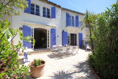 Maison double rénovée - WIFI, Climatisation, grande terrasse et 2 amarrages