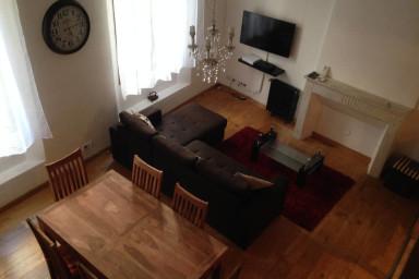 Bel appartement spacieux dans la vieille ville