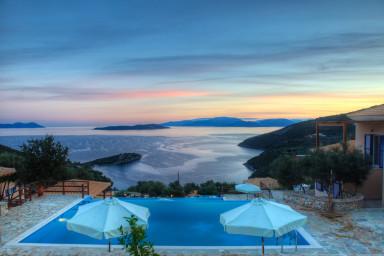 Βίλες Elysea-Ευρύχωρες μοντέρνες βίλες με μαγευτική θέα στην θάλασσα