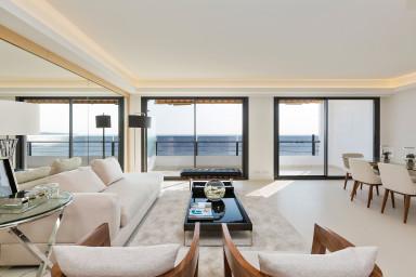 Luxueux appartement de 130 m2 design avec vue mer imprenable