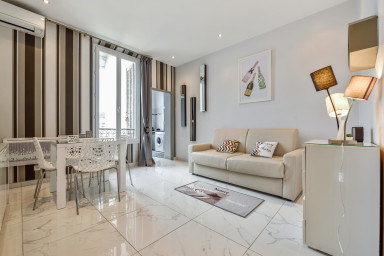 IMOOGROOM - Modern - Center - A/C - 9 min from the Palais -CONGRESS/BEACHES