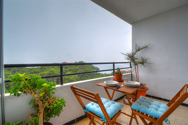 MOORE APARTMENT, CALA MAYOR