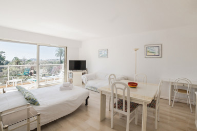 Comfortable flat in the heart of Nice - W376