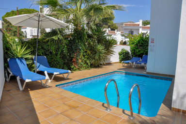 Nerja Paradise Rentals - Villa Buganvilla