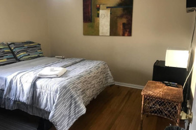 House - Private Room 2 - Near NYC/EWR/OutletMall