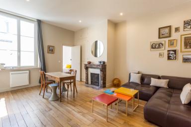 Elegant flat close to Tuileries