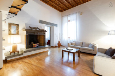 Crispi - Apartment near the Spanish Steps