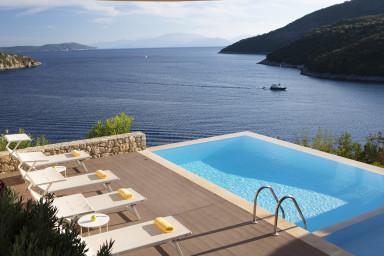 Villa Kalamos - Modern Villa in Sivota Bay with Direct Access to Sea