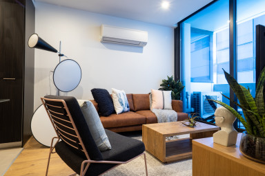 Sutherland – Modern 3-Bdrm apartment in the heart of Melbourne