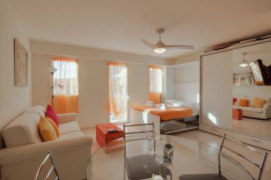 Studio spacieux et climatisé avec vue dégagée à deux pas de Monaco