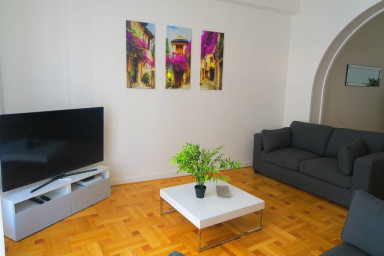 Carré d'Or Private apartment