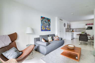 Moderne appartement, climatisé à 300 mètres du Port de Cannes !