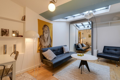 Superb designer loft in the heart of Paris!