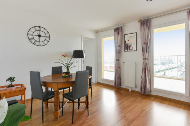 Vaste appartement aux portes de Paris, avec une vue panoramique