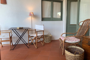 Tamariu 1-Great, cozy and quiet with free wifi+terrace, 50m from the beach!