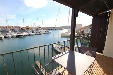 Maison de pêcheur 4 chambres avec 2 terrasses et amarrage 16m