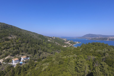 Secluded Luxury Sea View Villas 400m from the beach & close to Lefkada town